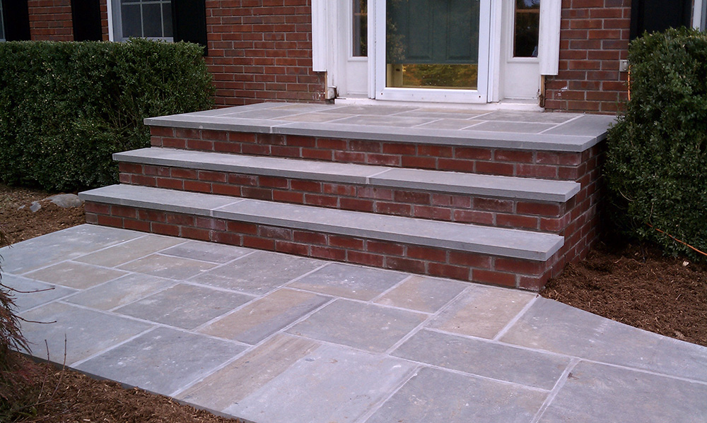 Hardscape Masonry Contractor Steps